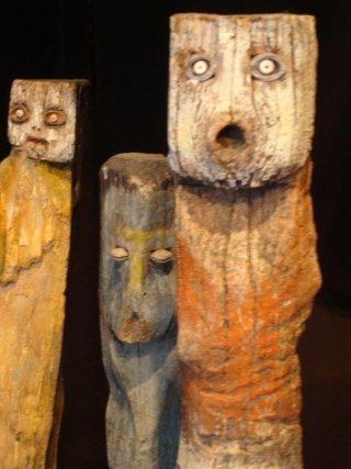 Les Âmes errantes, bois sculptés polychromes © Tô Bich HAI